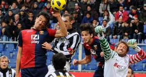 Luca+Toni+Genoa+CFC+v+Juventus+FC+Serie+ntr6yn7YwPZl
