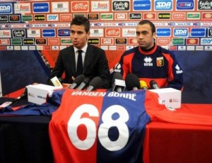 Defender Anthony Van den Borre of Belgium attends a press confrence with Fabrizio Preziosi after signing for Geona football club at Gianluca Signorini Sport centre in Genoa, 24 January 2008. AFP PHOTO / Stringer (Photo credit should read STRINGER/AFP/Getty Images)