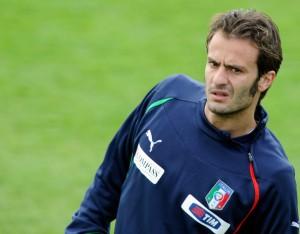 Alberto+Gilardino+Italy+Training+Session+MV9XZ1McldMl